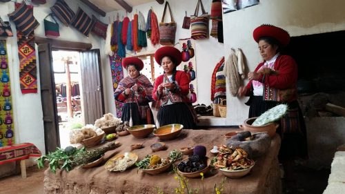 Chincheros, Inca, Cusco, Peru, weaving, culture, history
