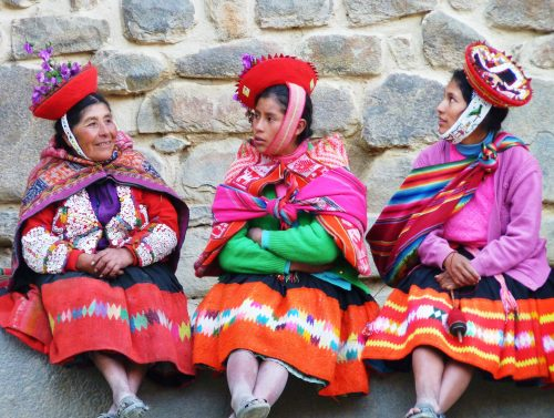 Ollantaytambo, Cusco, Peru, traditional dress,